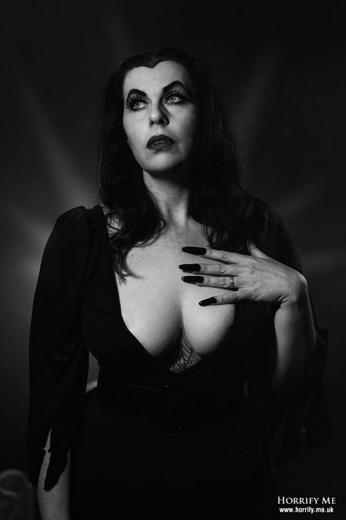 PLAN 9 FROM OUTER SPACE- POSTER_HORRIFY ME-PHOTOSHOOT_6
